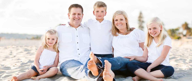 Happy-Family-at-Beach-SAN RAMON VALLEY FAMILY MEDICINE